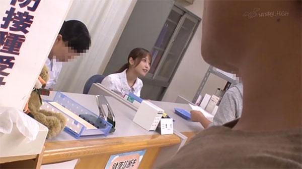 狙われた巨乳看護師、篠田ゆう