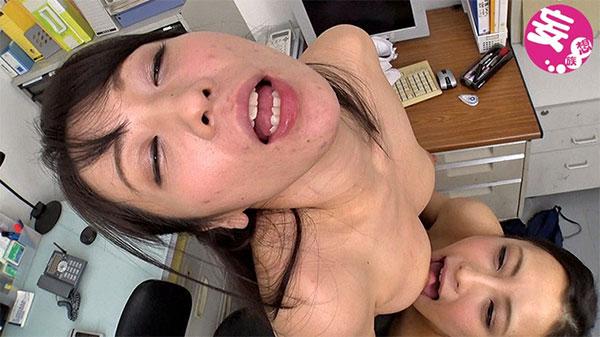 神納花×桃瀬ゆりさんの乳首舐めレズ