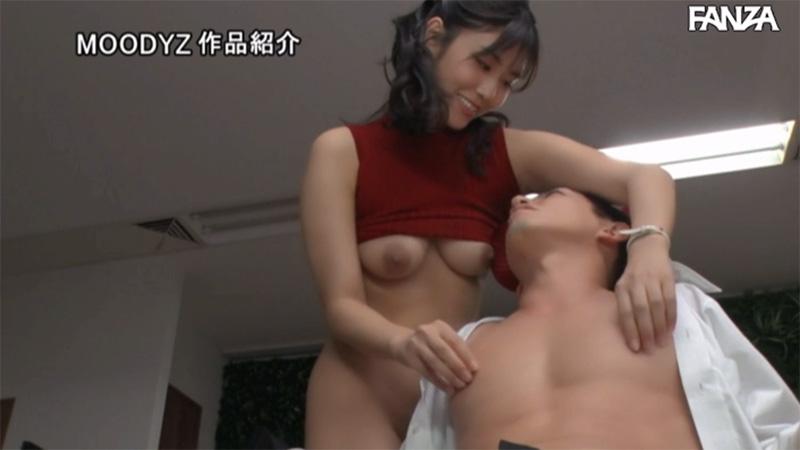 部長の乳首を責める愛人の神宮寺ナオ